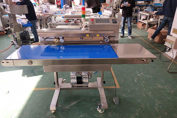 Customized PLC continuous vacuum sealer