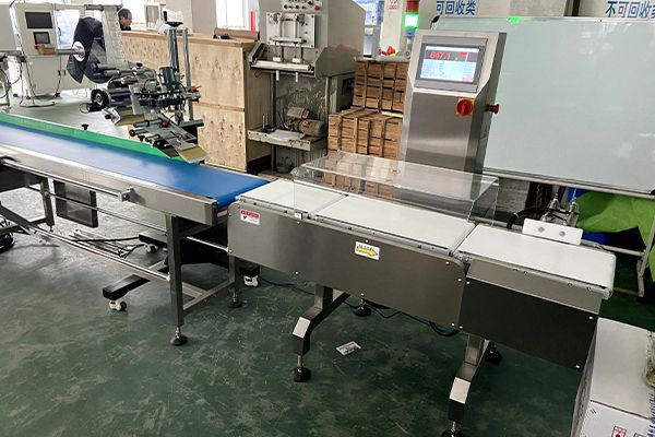 Auto Labeling and Weighing inspection line CLPACK